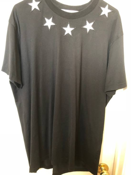 Givenchy Givenchy Embroided Stars Tee Size US M / EU 48-50 / 2