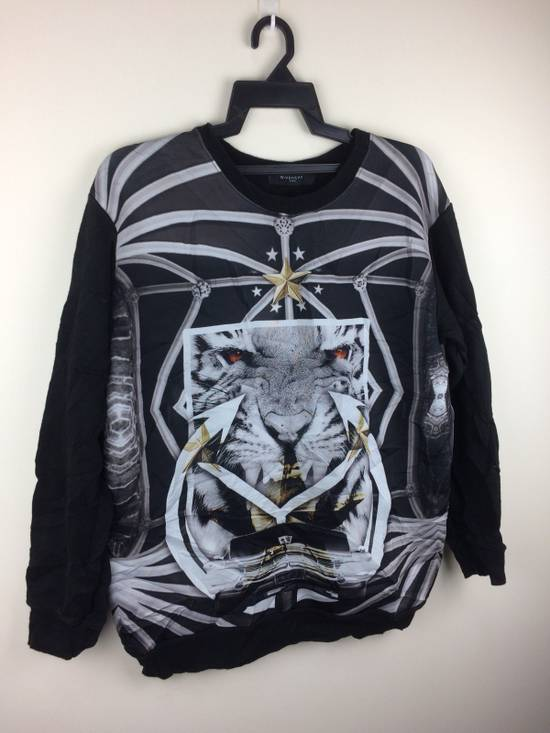 Givenchy Givenchy Paris Rare Design Full Print Made In Italy Size US M / EU 48-50 / 2 - 7