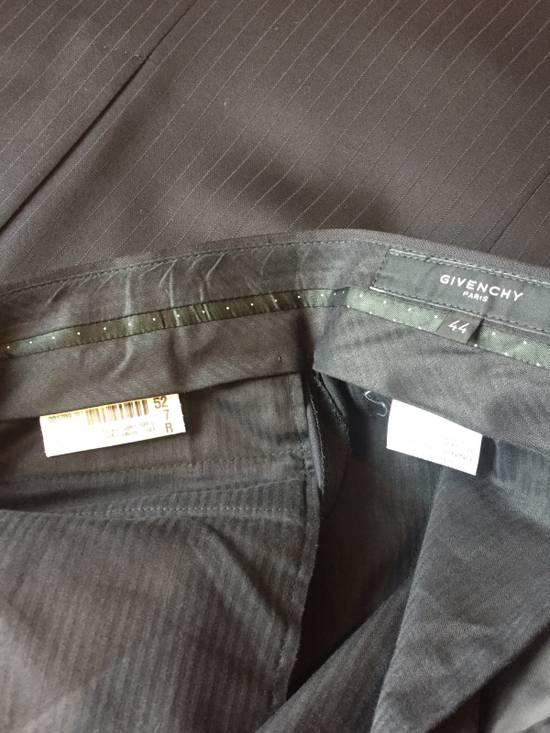 Givenchy Elegant Suite Size 52R - 10