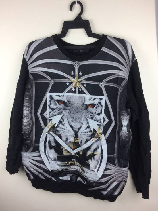 Givenchy Givenchy Paris Rare Design Full Print Made In Italy Size US M / EU 48-50 / 2 - 6
