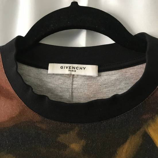 Givenchy $775 Abstract Print Givenchy Tshirt Size US XS / EU 42 / 0 - 2