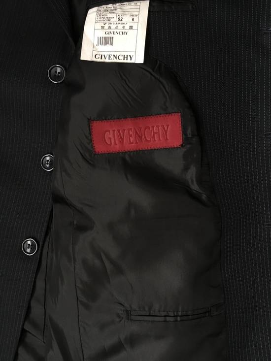 Givenchy GIVENCHY Wool Twill Three Button Navy Pinstripe Suit Jacket Drop 6 Size 42R - 6