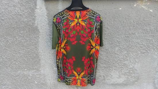 Givenchy $745 Givenchy Birds of Paradise Iris Floral Rottweiler Shark T-shirt size M Size US M / EU 48-50 / 2 - 6