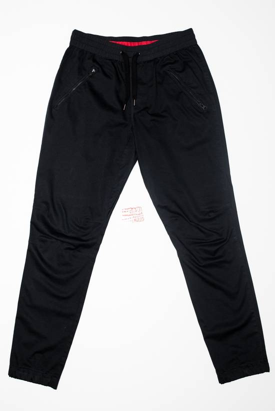 Kith ronnie fieg mercer iii 3 pants black joggers xl cuffed bleeker sweats large. Kith mercer pants for sale, see pictures Still in good condition. No holes or tears.4/4(36).
