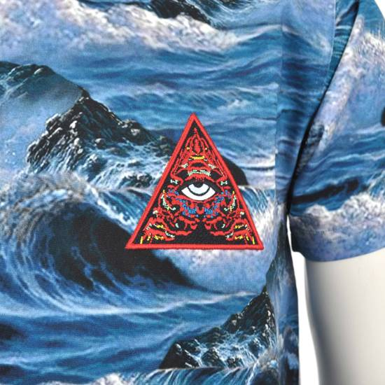 Givenchy Blue Hawaii Print Crew Neck T-Shirt With Red 'Eye of Providence' Embroidery Size US XXS / EU 40 - 6