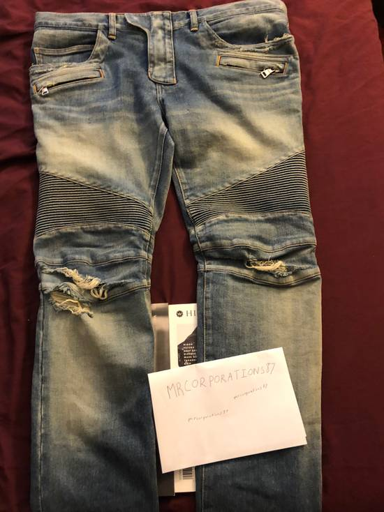 Balmain Distressed Ripped Size US 36 / EU 52