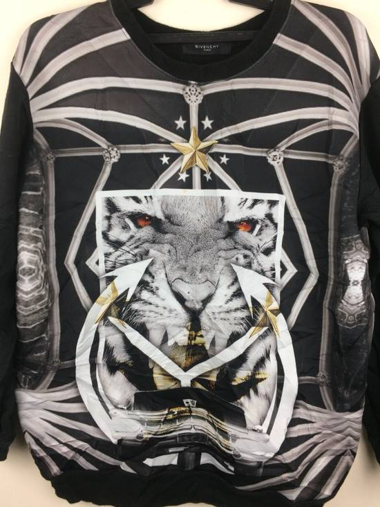Givenchy Givenchy Paris Rare Design Full Print Made In Italy Size US M / EU 48-50 / 2 - 1