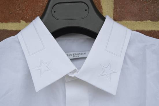 Givenchy White Embroidered Stars Collar Shirt Size US L / EU 52-54 / 3 - 5