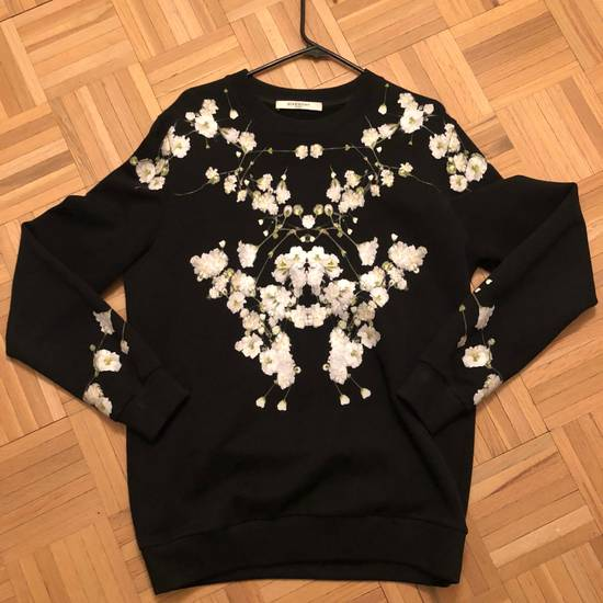 Givenchy Floral Sweater Fits S-M Size US XS / EU 42 / 0