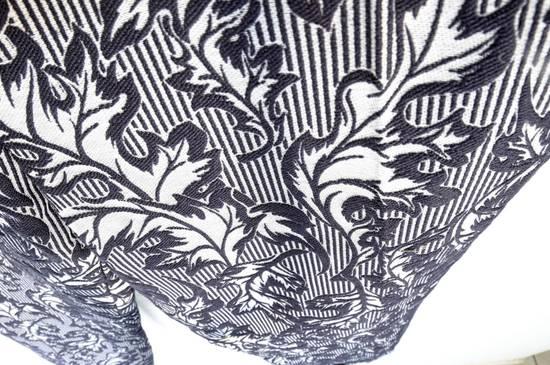 Thom Browne UNIQUE BNWT THOM BROWNE UNISEX CROPPED TROUSER IN NAVY/GREY LEAF STRIPE WOOL STAMP JACQUARD sz 3, 1920$ Size US 30 / EU 46 - 5
