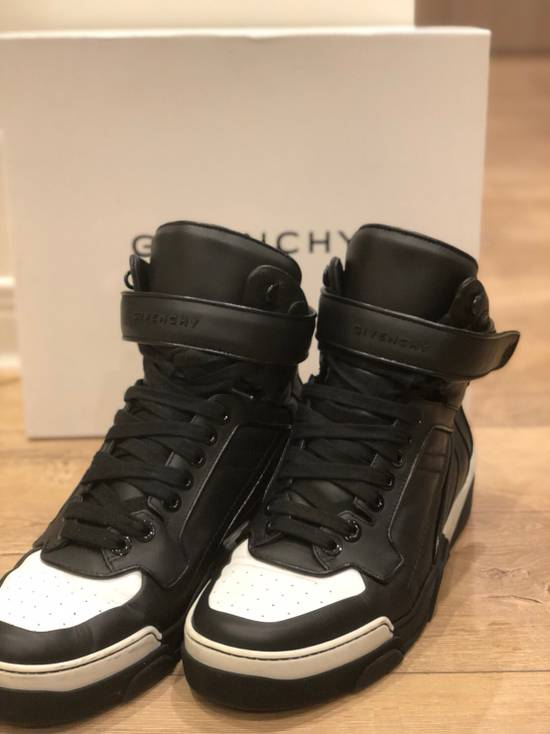 Givenchy Givenchy Sneaker Size US 10.5 / EU 43-44 - 8