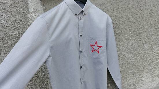 Givenchy $535 Givenchy Star Embroidered Rottweiler Shark Men's Shirt size 40 (M) Size US M / EU 48-50 / 2 - 6