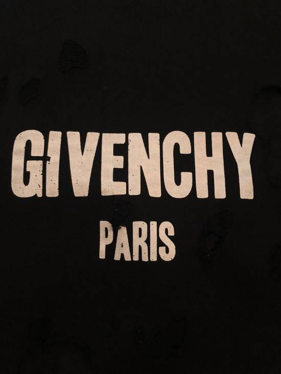 Givenchy Givenchy Destroyed Sweater With Givenchy Logo Embroidered Size US XS / EU 42 / 0 - 7