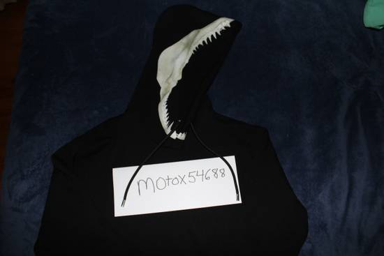 Givenchy Shark Teeth Hoodie Size US L / EU 52-54 / 3