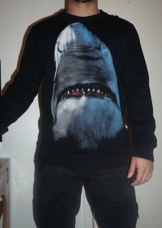 Givenchy Givenchy Shark Sweater Size US S / EU 44-46 / 1 - 9