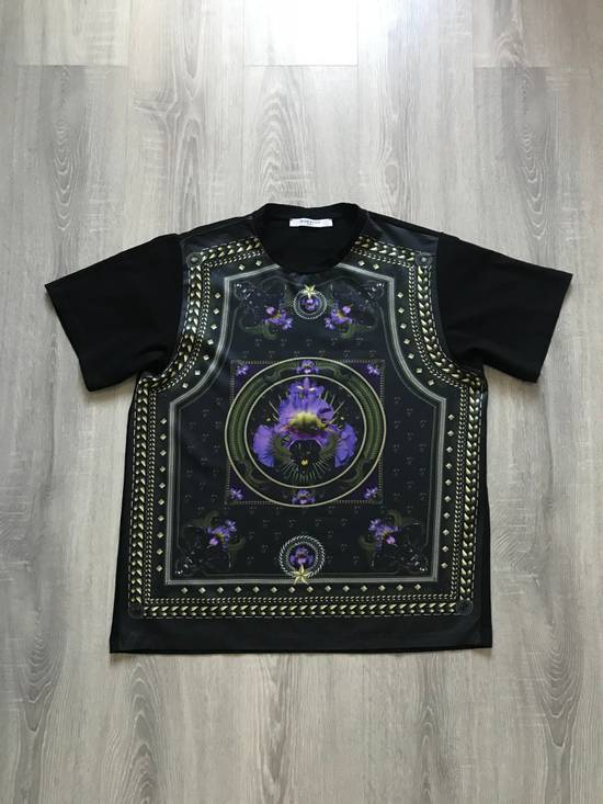 Givenchy Givenchy by Riccardo Tisci iris, black panther & stars tshirt Size US M / EU 48-50 / 2