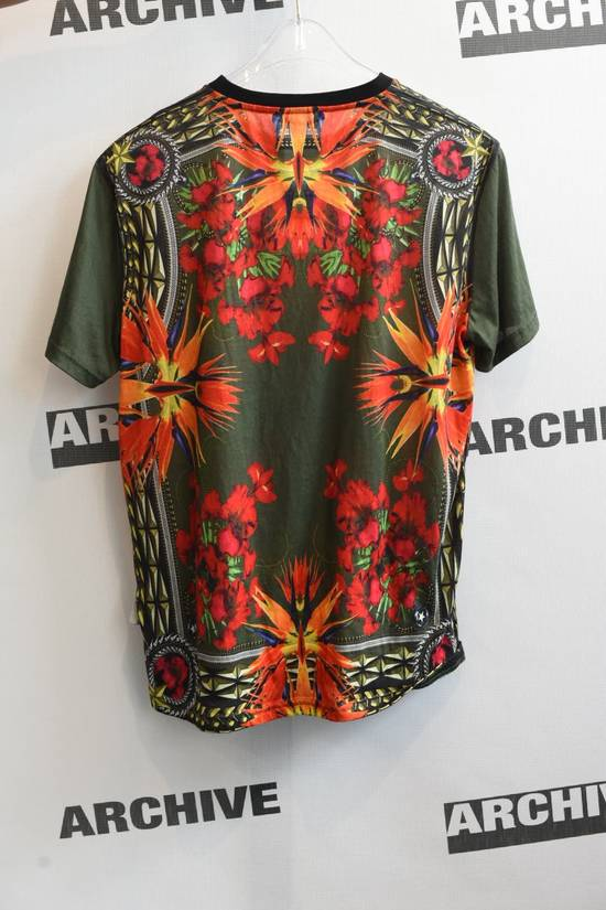 Givenchy Givenchy Birds of Paradise print T-Shirt Size US XS / EU 42 / 0 - 2