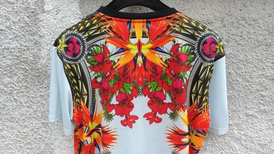 Givenchy $740 Givenchy Blue Iris Floral Birds of Paradise Star Oversized T-shirt size XS Size US M / EU 48-50 / 2 - 8