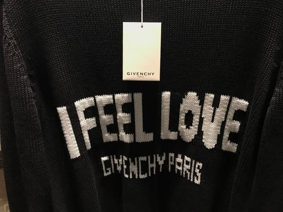Givenchy l Feel Love Knitted Jumper Size US L / EU 52-54 / 3 - 1