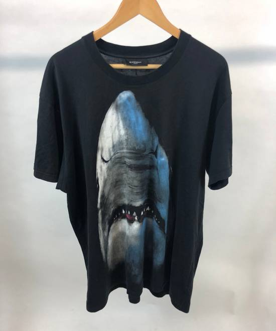 Givenchy Shark Tee (2012) Size US L / EU 52-54 / 3