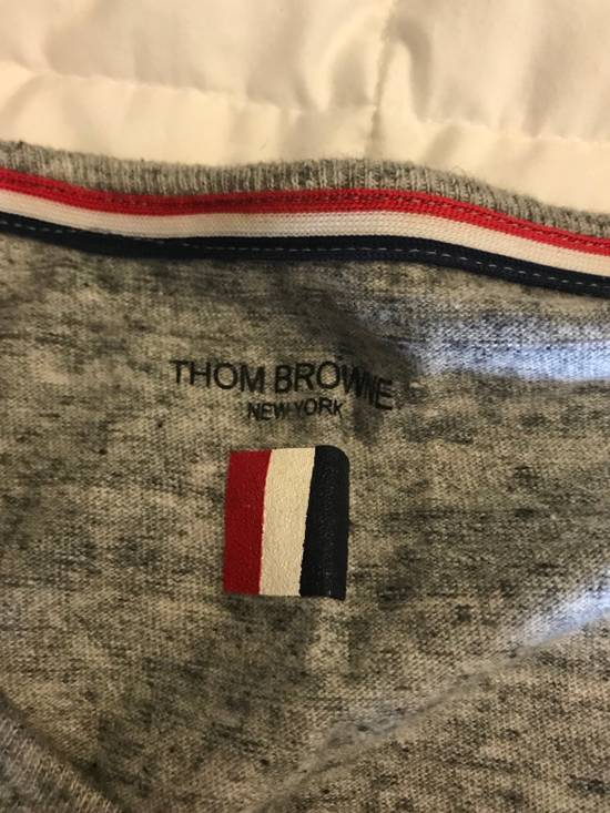 Thom Browne Thom Browne Grey Henley Cotton T-shirt with Grey Grosgrain Size US S / EU 44-46 / 1 - 1