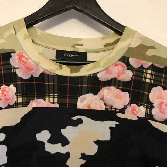 Givenchy Flowers Size US XL / EU 56 / 4 - 1