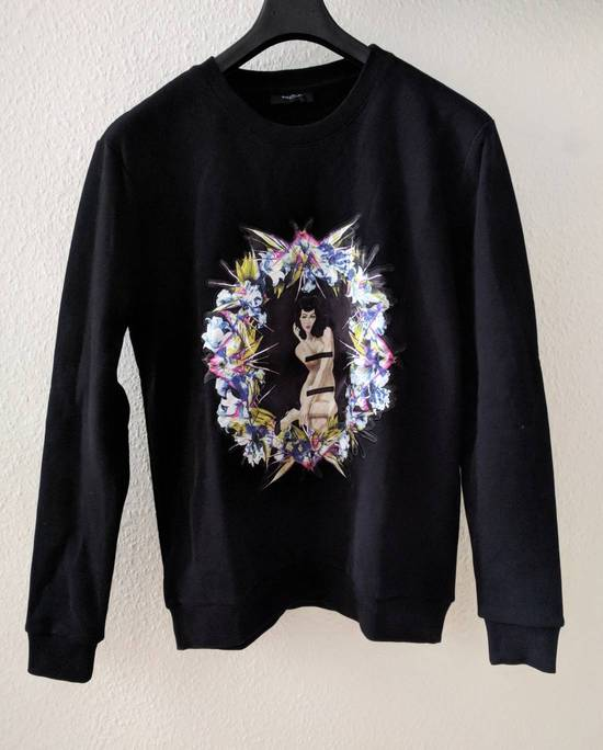 Givenchy Pin Up and Wreath Applique Sweatshirt Size US S / EU 44-46 / 1