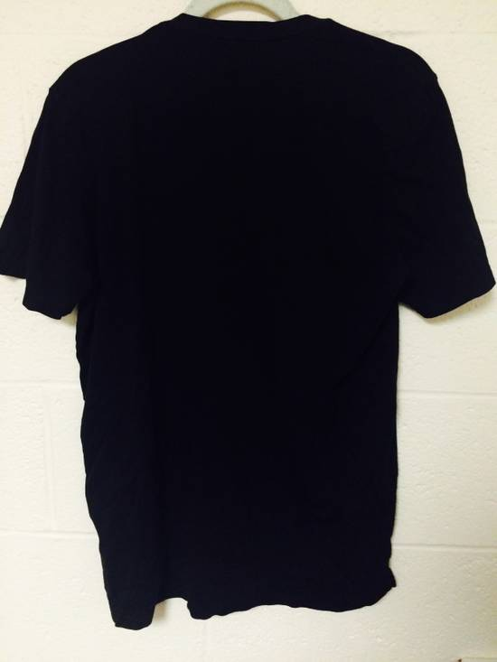 Thom Browne size 3 v neck tee Size US M / EU 48-50 / 2 - 2