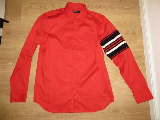 Givenchy Sleeve detail shirt Size US M / EU 48-50 / 2 - 6