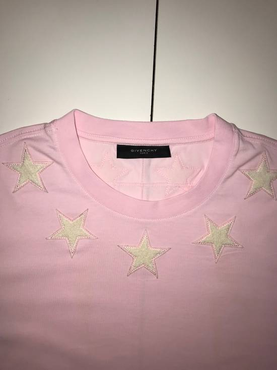 Givenchy Givenchy Pink 47 Tshirt With Embroidered Stars Size US L / EU 52-54 / 3 - 1