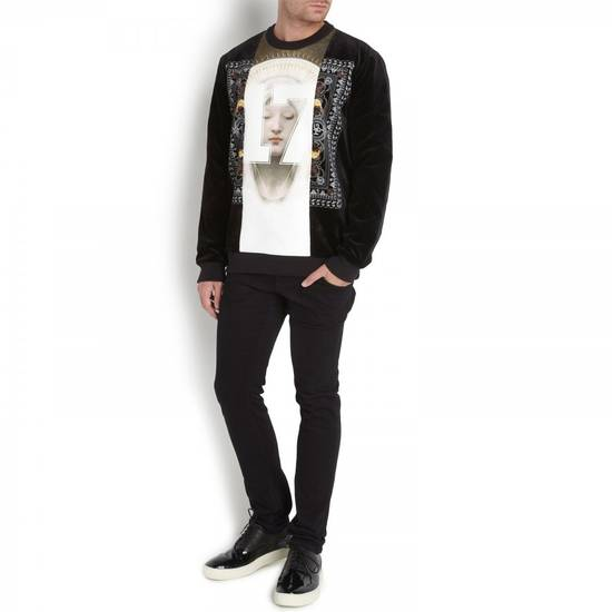 Givenchy $1280 Givenchy Madonna 17 and Rottweiler Print Shark Stars Men's Sweater size M (L) Size US M / EU 48-50 / 2 - 2