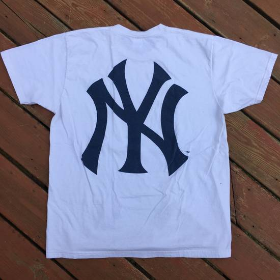 Supreme SS15 NY Yankees Box Logo Tee Size US XL / EU 56 / 4 - 3