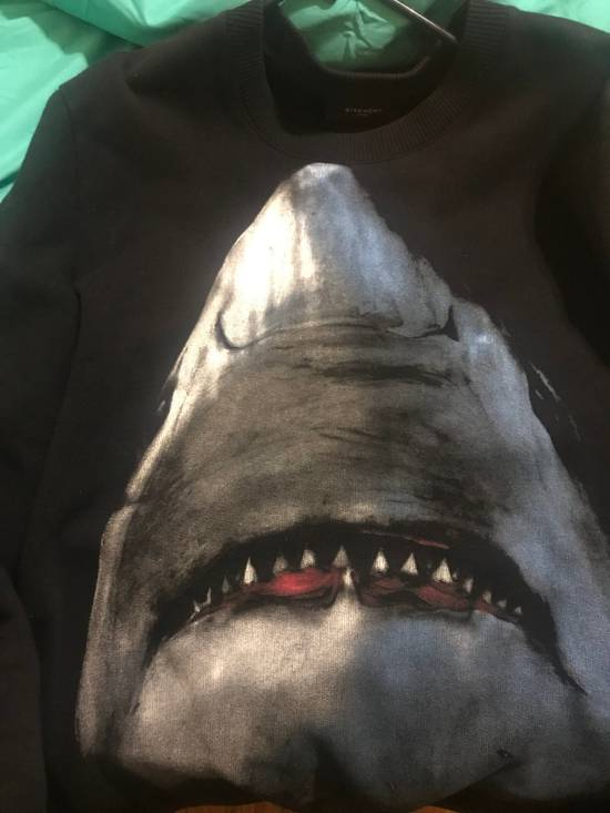 Givenchy Givenchy Shark Sweater Size US S / EU 44-46 / 1 - 7