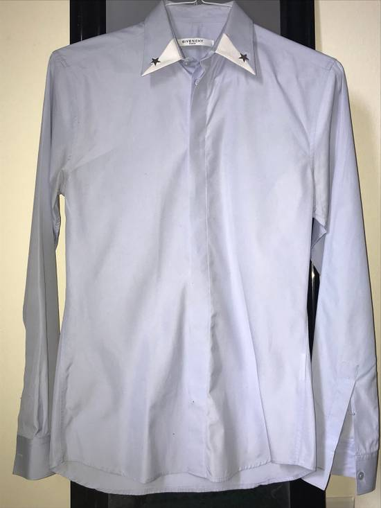 Givenchy Baby Blue Button Down Size US S / EU 44-46 / 1