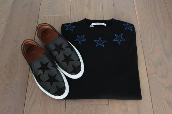 Givenchy Givenchy Star Embroidered Jumper L Size US L / EU 52-54 / 3 - 3