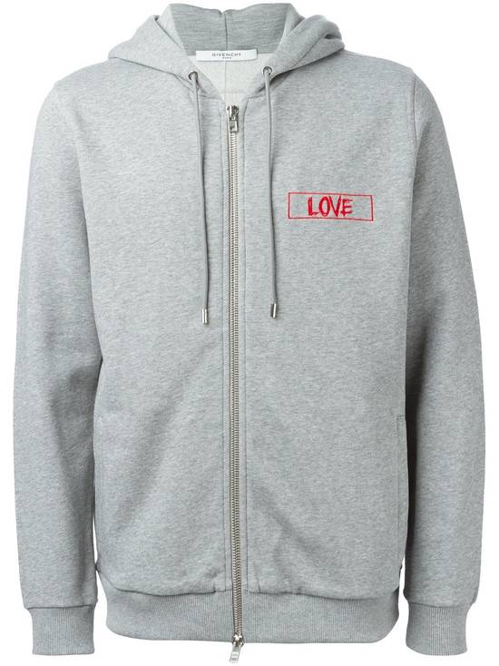 Givenchy $1050 Givenchy Grey Love Embroidered Zip Rottweiler Shark Hoodie size XS (S) Size US S / EU 44-46 / 1 - 1