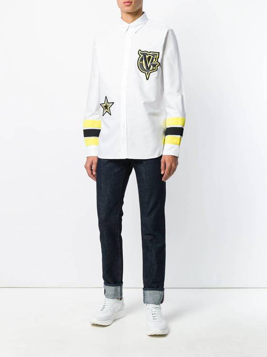 Givenchy Embroidered patch detail shirt Size US M / EU 48-50 / 2 - 3