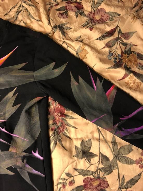 Givenchy Birds Of Paradise Tropical Sweatshirt Size US S / EU 44-46 / 1 - 3