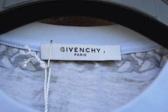 Givenchy Baby Blue Madonna T-shirt Size US XS / EU 42 / 0 - 5