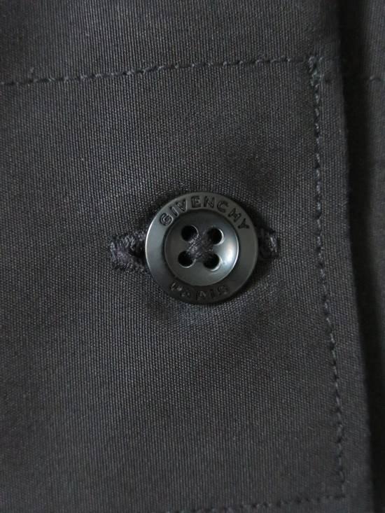 Givenchy GIVENCHY Shirt Size 42 EU / L US Size US L / EU 52-54 / 3 - 6