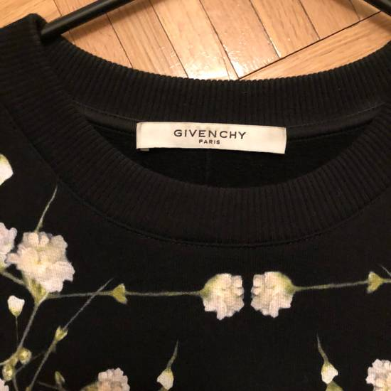 Givenchy Floral Sweater Fits S-M Size US XS / EU 42 / 0 - 1