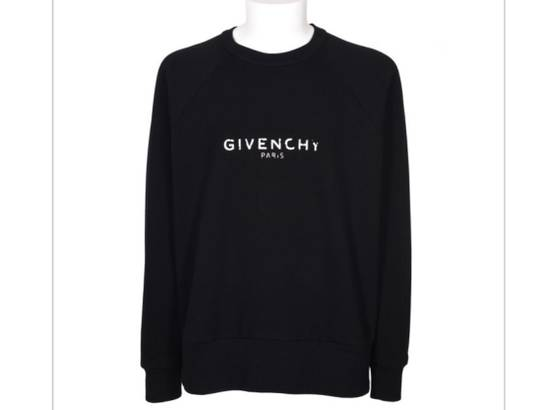 Givenchy Brand New Givenchy New Season With Givenchy Logo Embroidered Sweater Size US XL / EU 56 / 4