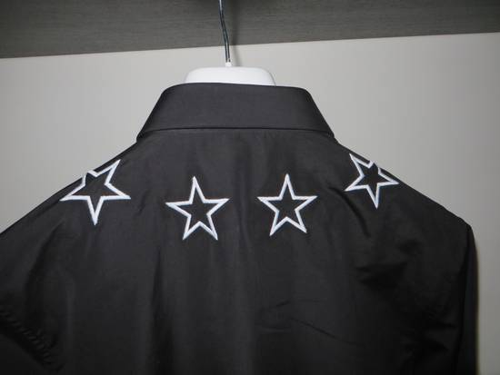 Givenchy Star embroidery shirt Size US M / EU 48-50 / 2 - 4