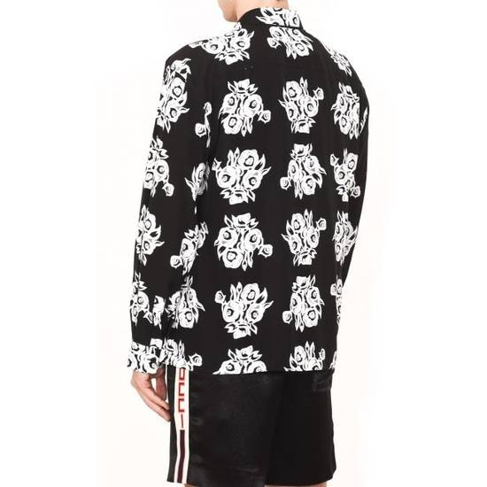Givenchy FLOWERS PRINTED VISCOSE SHIRT Size US L / EU 52-54 / 3 - 2