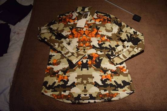 Givenchy Givenchy Authentic $750 Camo Print Shirt Size 42 Brand New With Tags Size US L / EU 52-54 / 3