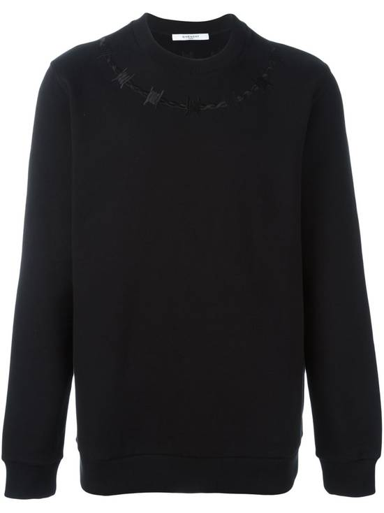Givenchy £940 Givenchy Black Barb Wire Embroidered Rottweiler Shark Sweater size XL Size US XL / EU 56 / 4 - 1