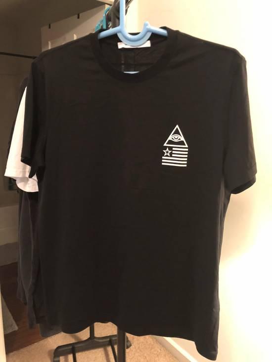 Givenchy Illuminati Print T-shirt Size US L / EU 52-54 / 3 - 1