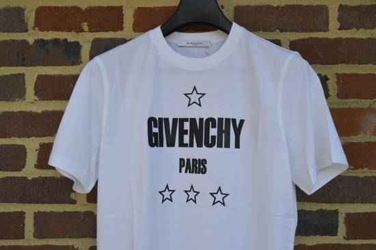 Givenchy Japan Exclusive Logo and Stars T-shirt Size US XS / EU 42 / 0 - 1