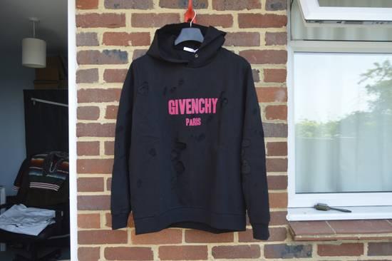Givenchy Destroyed Fuchsia Logo Hoodie Size US L / EU 52-54 / 3