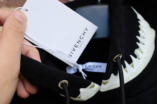 Givenchy Shark Jaws Hoodie Size US S / EU 44-46 / 1 - 6